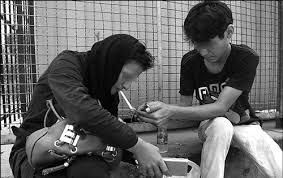 تحقیق در خصوص تأثیر سطح اقتصاد خانواده بر گرایش به مواد مخدر در بین زندانیان ندامتگاه نیشابور